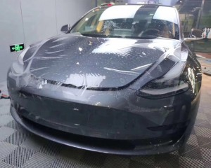 anti-fouling automobile paint protection film